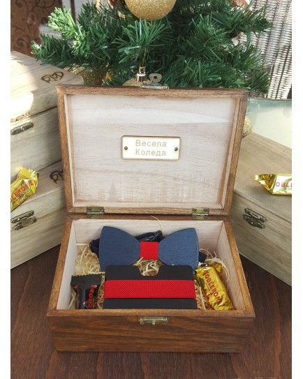 Комплект ръчно изработена дървена папионка и ръчно изработен дървен card holder 1