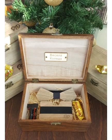 Комплект ръчно изработена дървена папионка и ръчно изработен дървен card holder 4