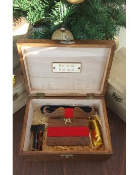 Комплект ръчно изработена дървена папионка и ръчно изработен дървен card holder 6